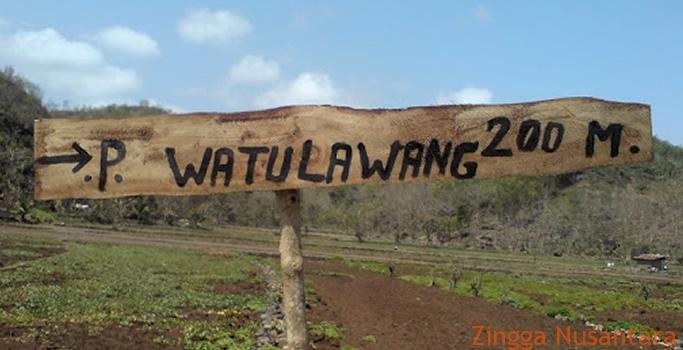 Pantai Watu Lawan Sudah Mulai Ramai Dikunjungi Wisatawan Sejak 2012