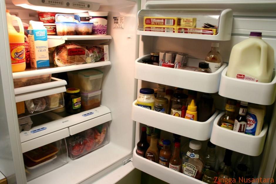 Menumpuk Makana di Kulkas Tidak Baik Untuk Jangka Panjang Hidup Sehat Kita