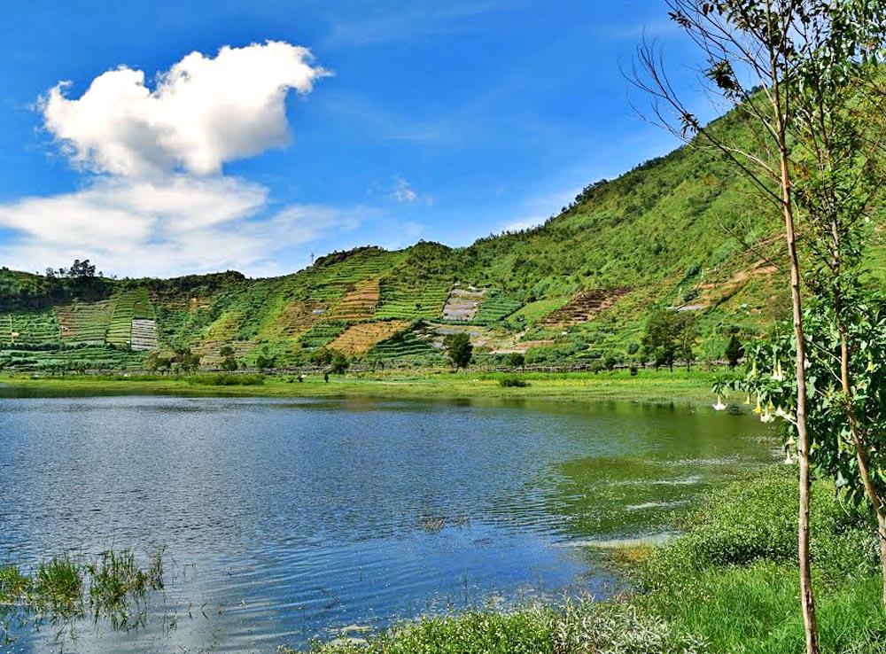Profil Tempat Wisata Telaga Pengilon Dieng Jawa Tengah