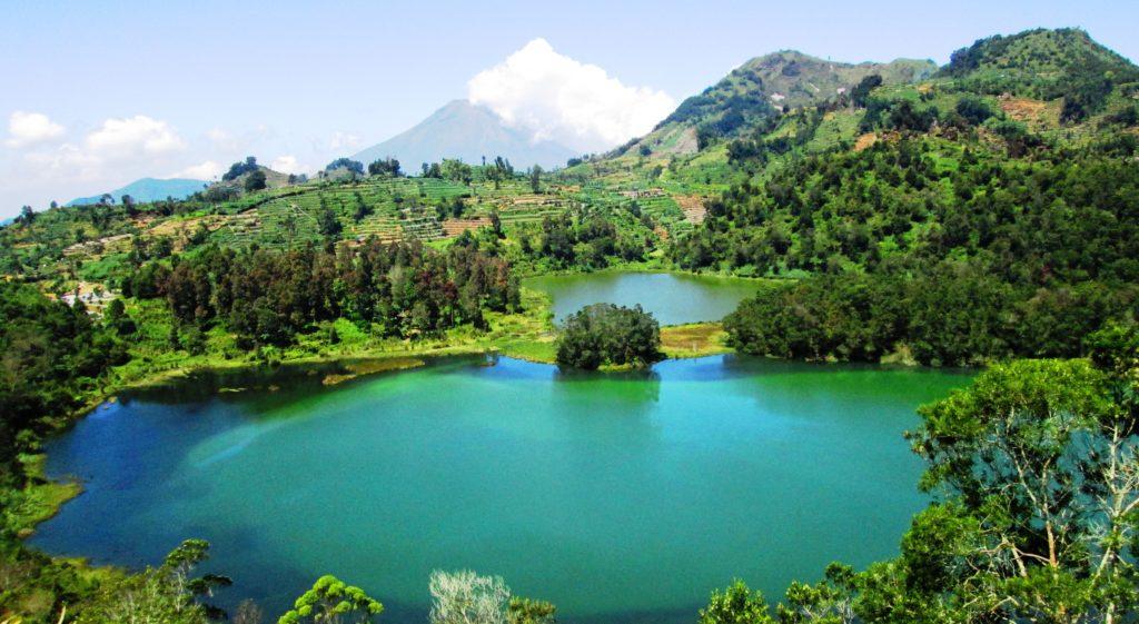 Profil Tempat Wisata Telaga Warna Dieng Jawa Tengah