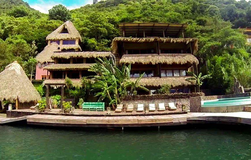 Di Guatemala, Ada Hotel Di Dalam Cagar Alam Lho !