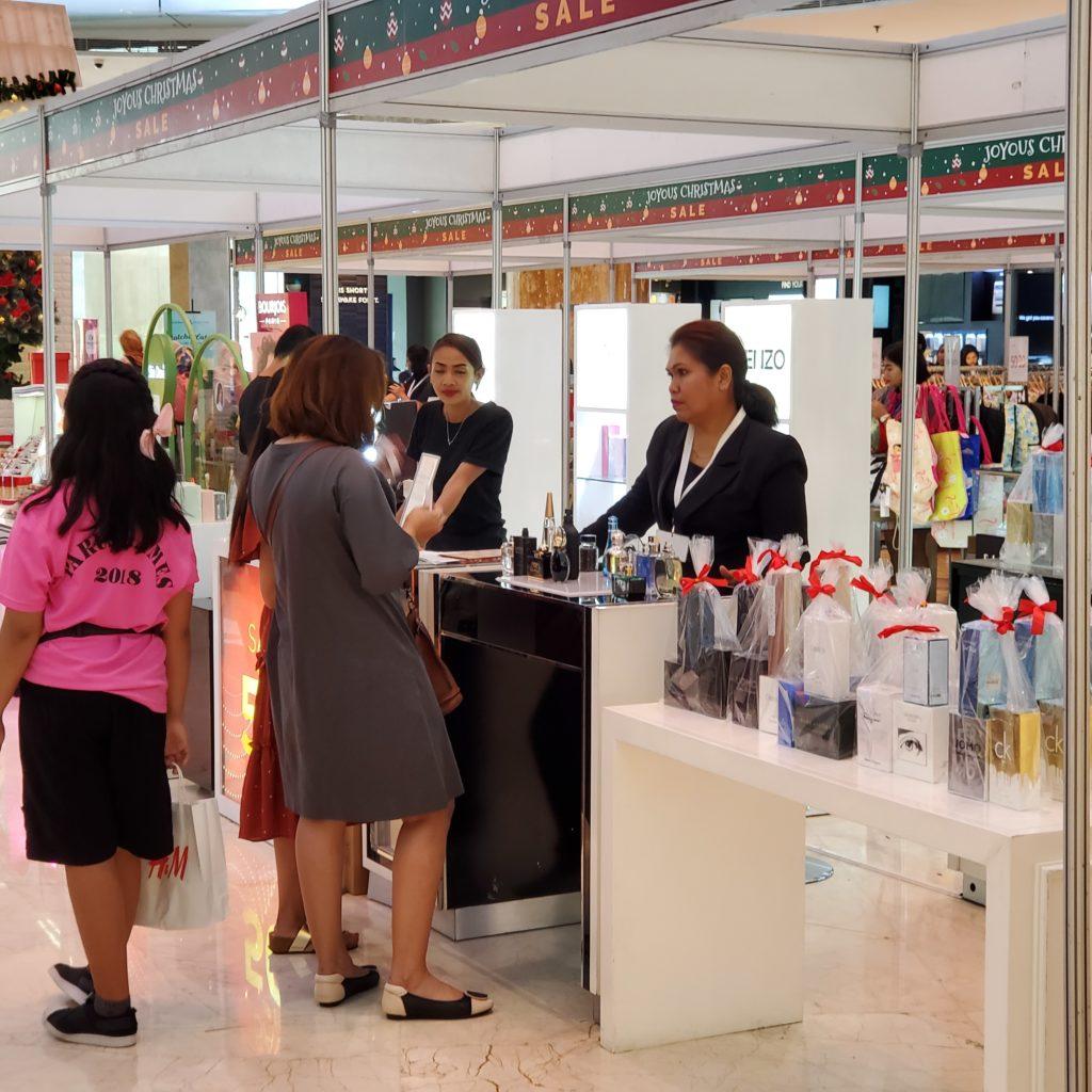 Joyous Christmas Semarakkan Natal dan Tahun Baru di Lotte Shopping Avenue
